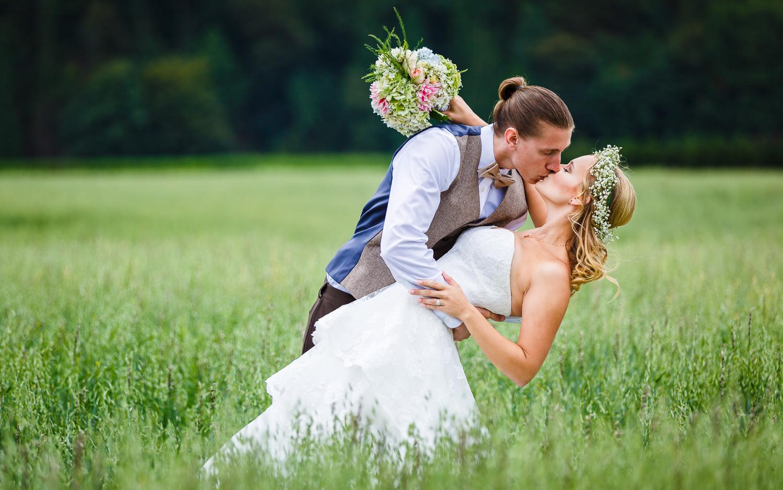 Glamorous wedding photographer